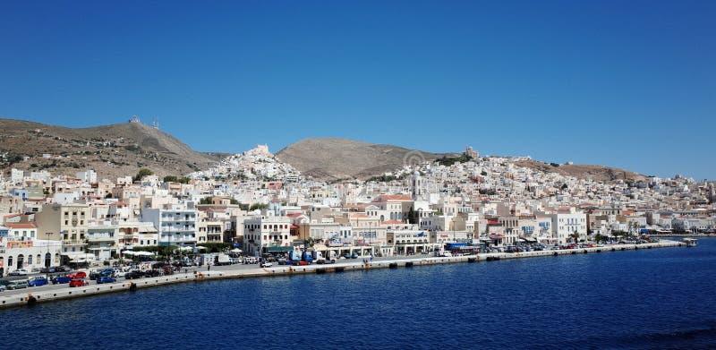 greece för arkitektonisk byggnadsdetalj neoclassical syros royaltyfri bild