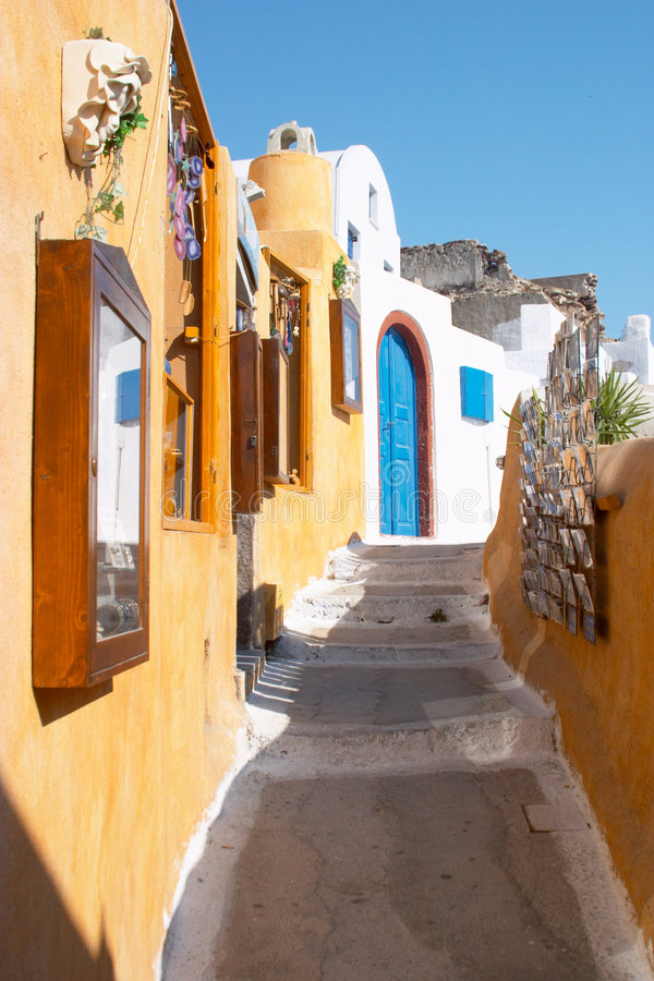 Download Greece oia santorinigata arkivfoto. Bild av gata, lokalt - 500162