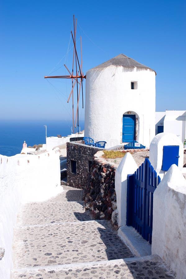 greece santoriniwindmills royaltyfri bild