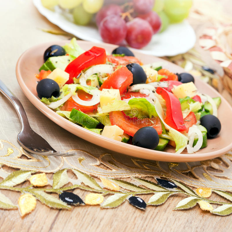 Free Greek Salad Of Vegetables Stock Photo - 19136420