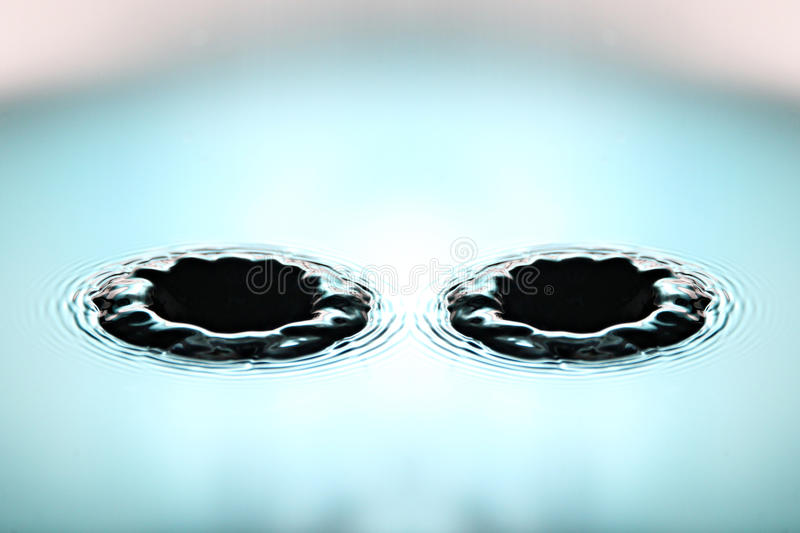 Download Green Background Of Water Drops A Beautiful Shape In Basin. Royalty Free Stock Image - Image: 33940066