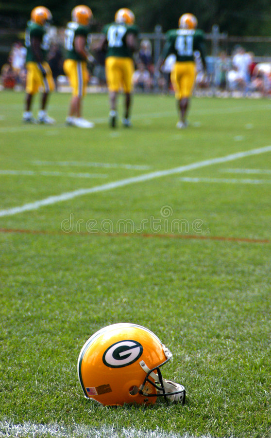 Download Green Bay Packers Helmet editorial photography. Image of bart - 8224057