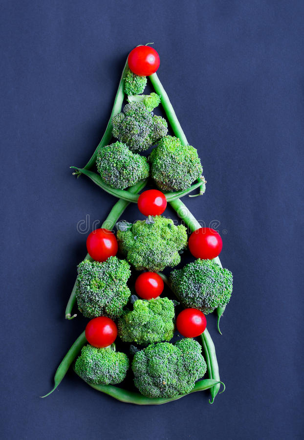 Green beans, broccoli and tomato royalty free stock photos