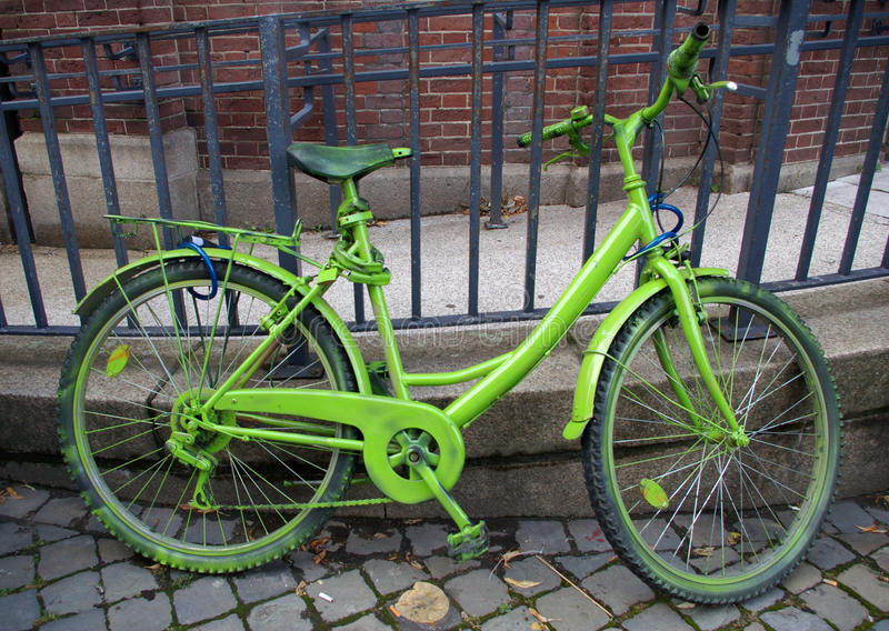 Green bicycle.