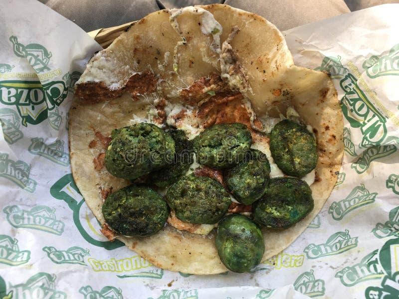 Green Chorizo La Choza Taco war der beste Taco in meiner Hand lizenzfreie stockfotografie