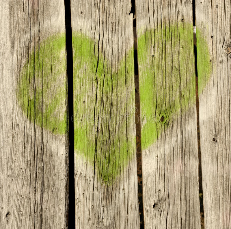Download Green Heart On Old Wood Royalty Free Stock Images - Image: 27393309