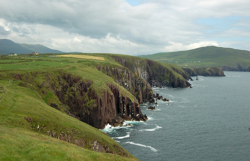 Download Green Irish Landscape Dingle Stock Image - Image of cliffs, ocean: 7042893