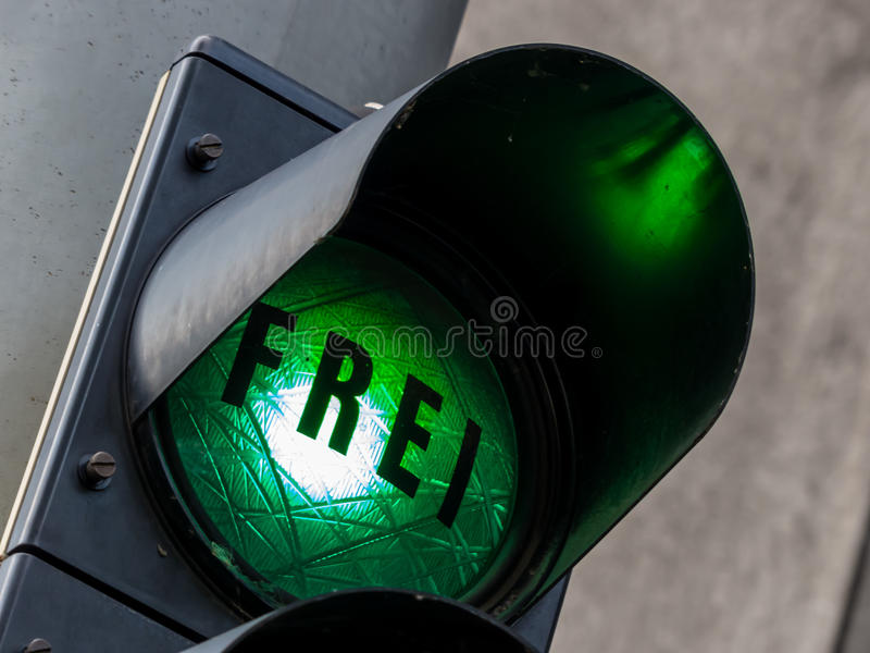 Download Green Light At A Parking Garage Stock Photo - Image: 37731400