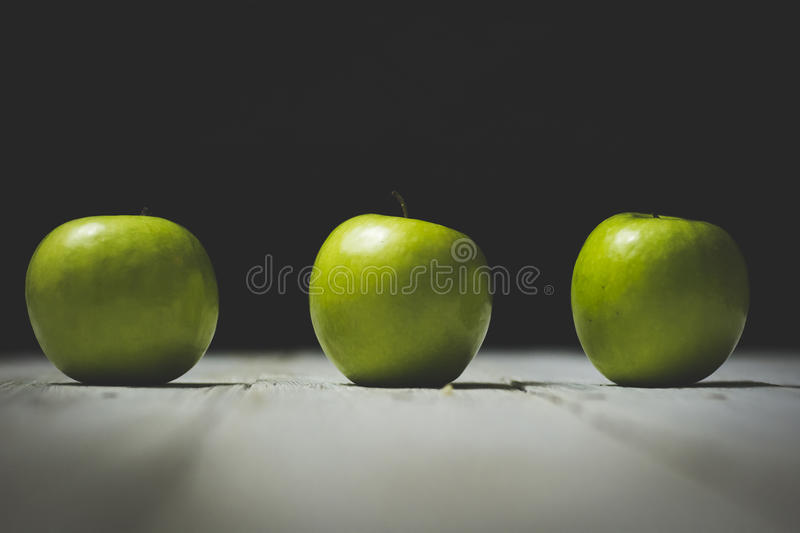 Green Round Apples On Brown Surface Free Public Domain Cc0 Image