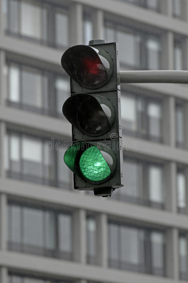 Free Green Traffic Light Stock Photos - 10539733