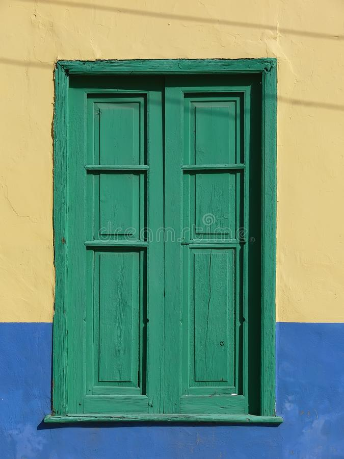 Download Green Window With Wooden Blend Stock Image - Image: 2540147