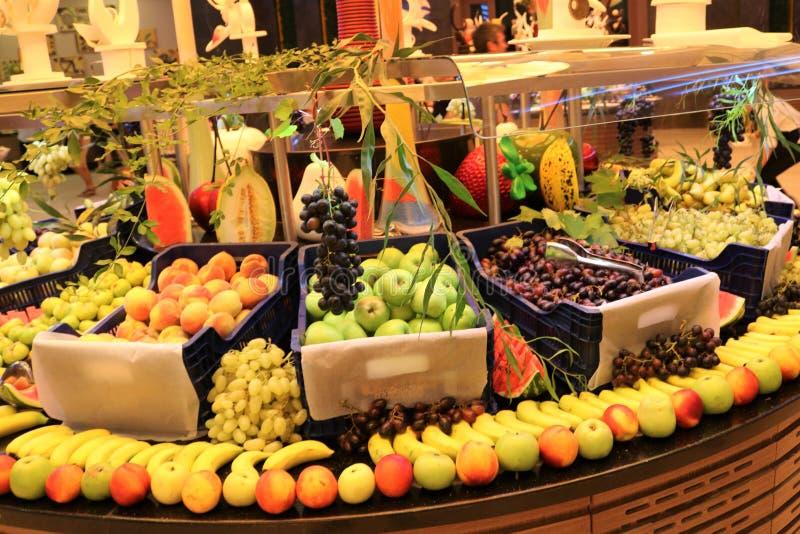 greengrocer Fruchtshop Frische Frucht Obstmarkt Gemischtwarenladen lizenzfreies stockbild