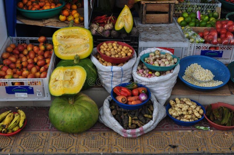 Greengrocery av Ecuador arkivfoton
