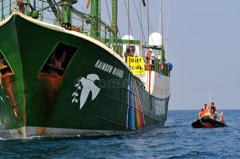 Greenpeace-Aktivisten stockbilder