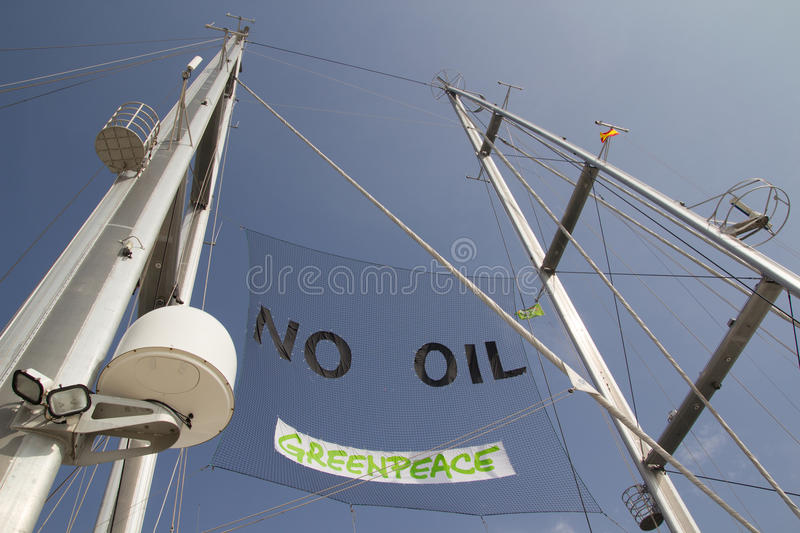 Download GreenPeace editorial image. Image of peace, traffic, valencia - 41892630