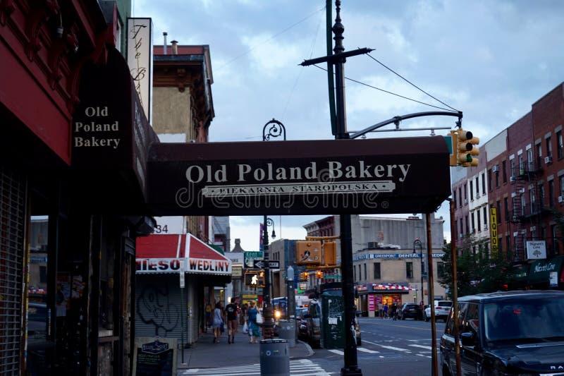 Greenpoint,布鲁克林,NY,老波兰面包店入口遮篷 库存照片