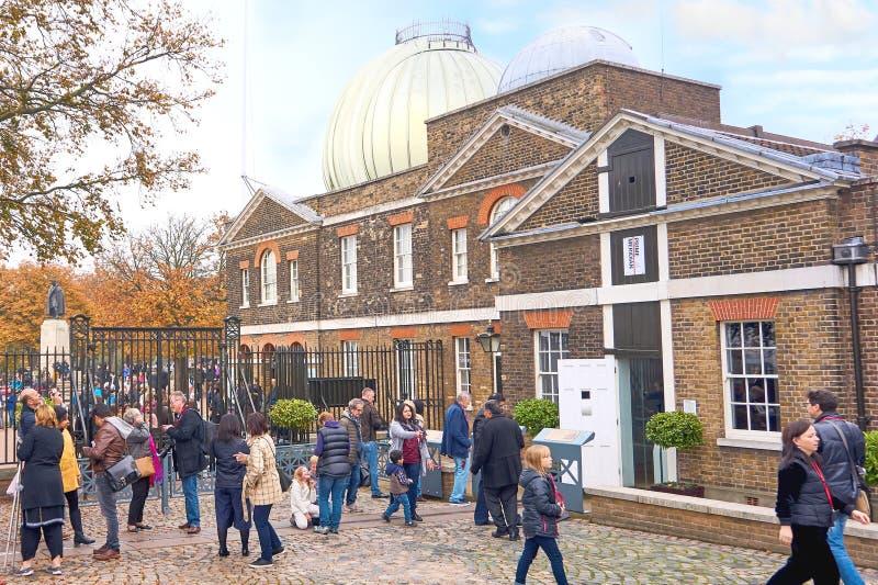 Greenwich, Londres, Reino Unido - 30 de octubre de 2016: Visitantes no identificados a fotos de archivo