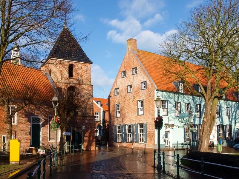 Greetsiel,村庄的典型的房子 免版税库存照片