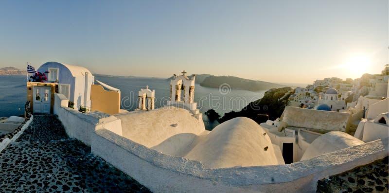 grekisk ösolnedgångsikt royaltyfri bild