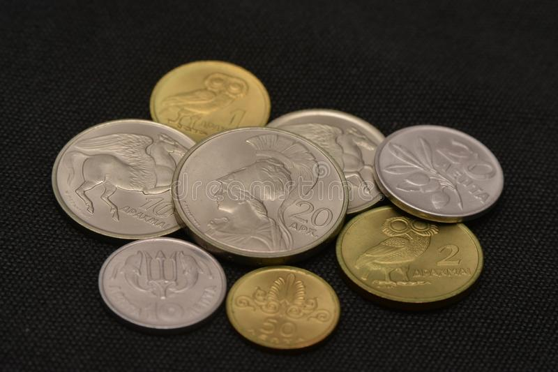 Grekiska pengar för drakmamynttappning arkivfoton