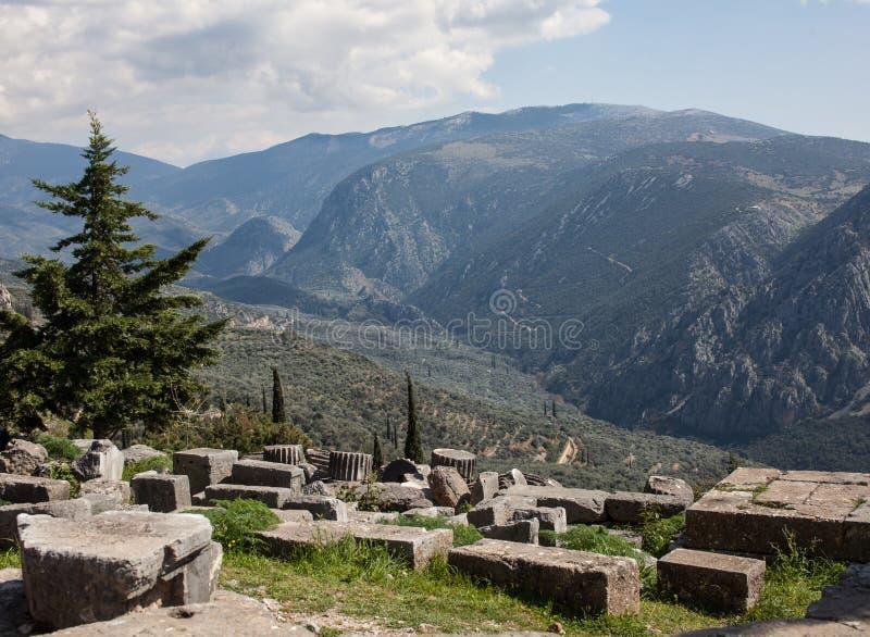 Grekiskt landskap: sikt från Delphi royaltyfria bilder
