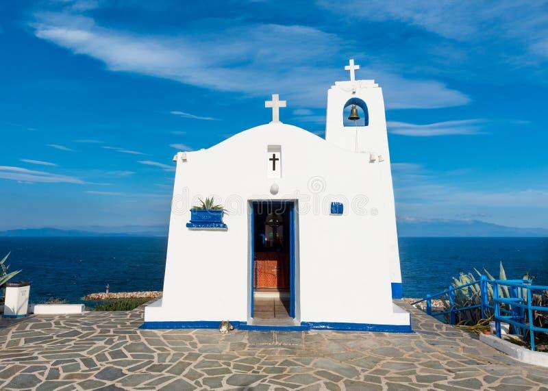 Grekiskt litet kapell arkivbilder