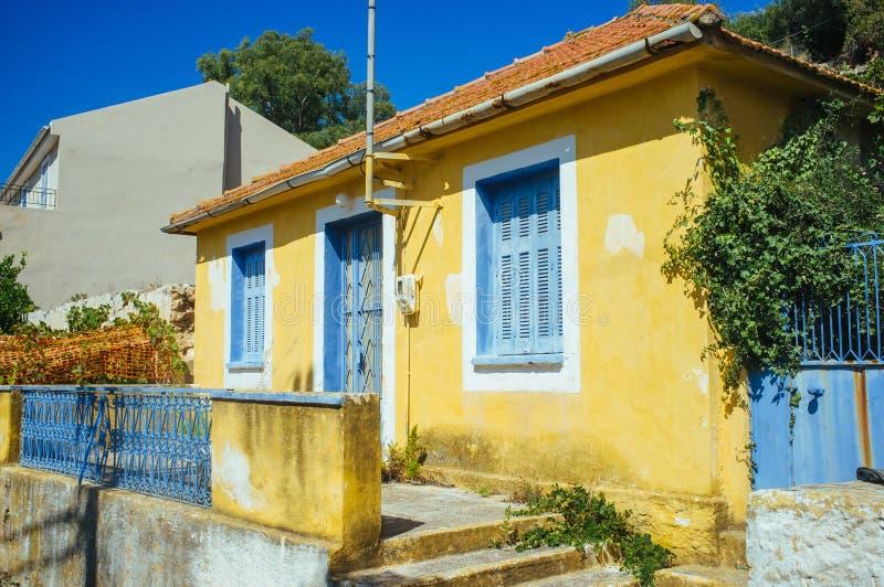 Grekland - Kefalonia - grekiskt hus arkivbilder
