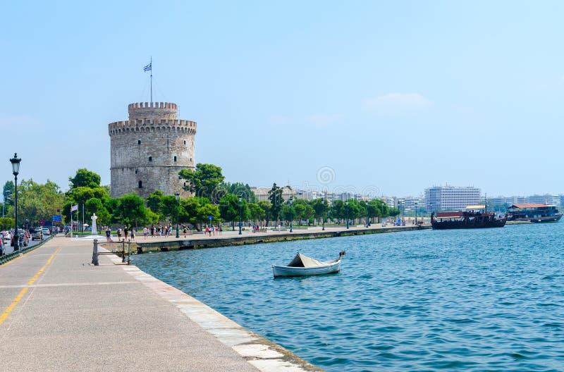 Grekland Thessaloniki, vitt torn på stranden arkivbild