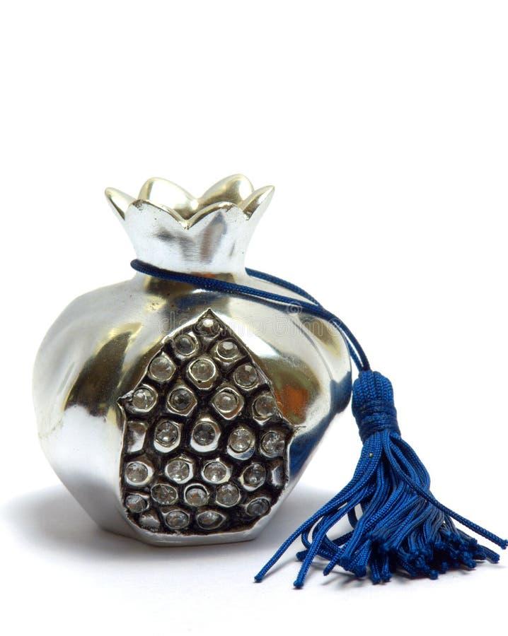 Grenade argentée grecque de charme photographie stock