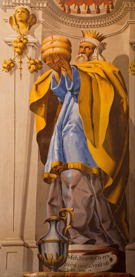 Grenade - le fresque de Melchizedek de grand prêtre dans le sanctuaire baroque (sanctuaires Sanctorum) dans l'église Monasterio d images libres de droits