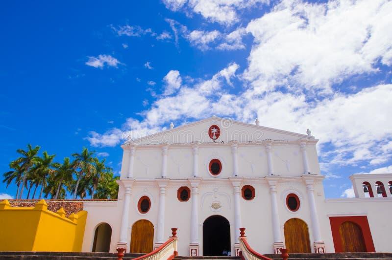 GRENADE, NICARAGUA, MAI, 14, 2018 : Église Iglesia San Francisco, l'église la plus ancienne en Amérique Centrale, construite en 1 photos stock