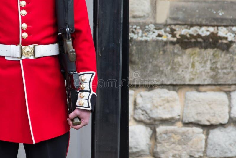 Grenadjärvakt Tower av London arkivfoton