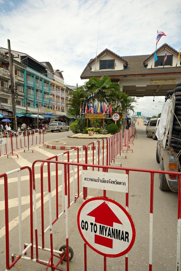 Grensovergang in Mae Sod Thailand stock afbeeldingen