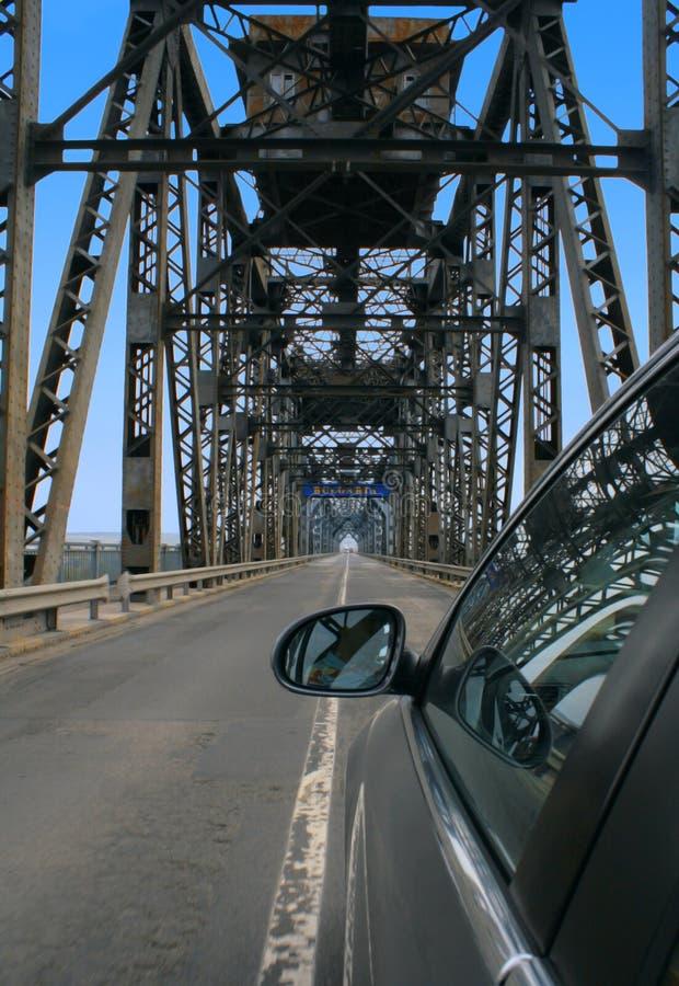 Grenzüberschreitung Rumänien-Bulgarien die Brücke lizenzfreies stockbild