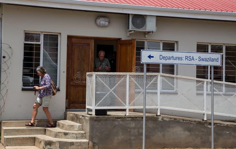 Grenze zwischen Südafrika und Swasiland lizenzfreie stockfotos