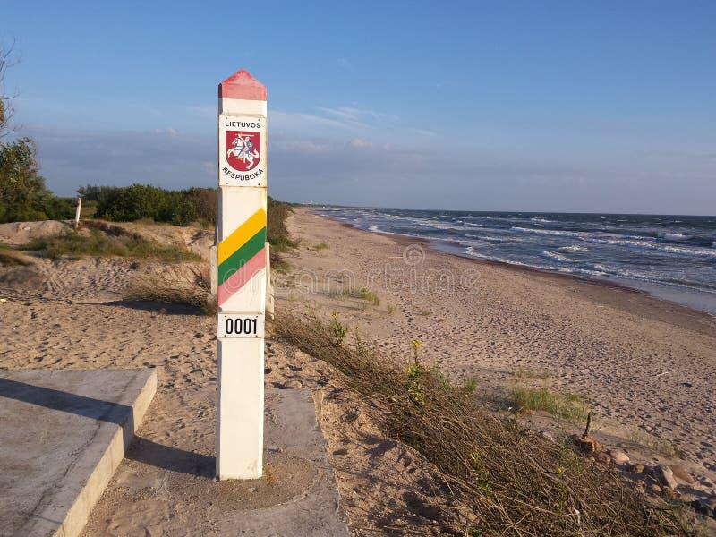 Grenzsäule von Litauen stockfoto