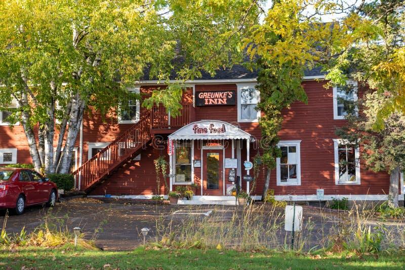 Greunkes First Street Inn, знаменитый и популярный ресторан и отель в небольшом отеле стоковое фото