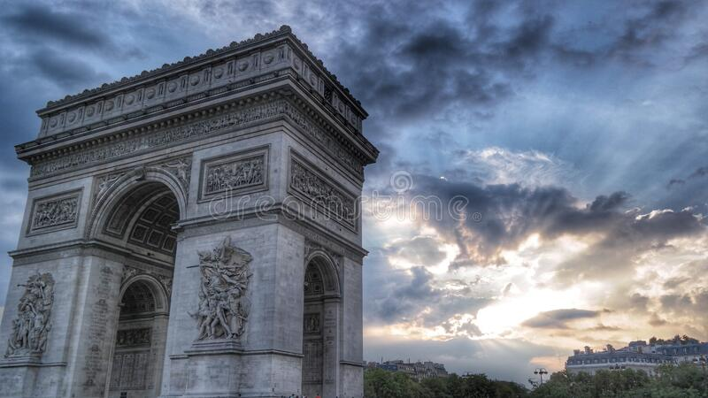 Grey Arc De Triumph images libres de droits