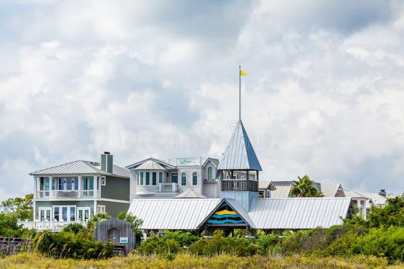 Grey Clapboard Beach Condos fotos de archivo