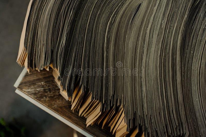 Grey Pile van Documenten Achtergrond stock fotografie