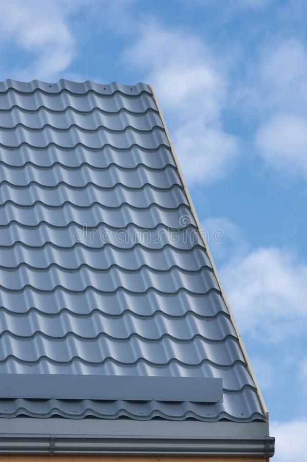 Grey Steel Tile Roof Texture Bakgrund, Gray Tiled Roofing ...