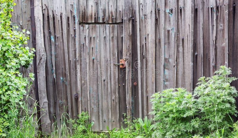Grey Wooden staket - textural bakgrund arkivbilder