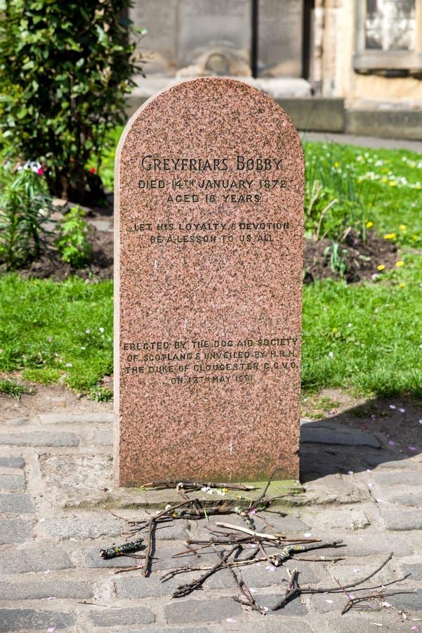 Greyfriars Bobby Tombstone en Edimburgo foto de archivo