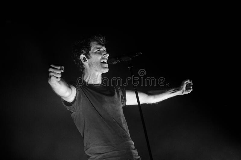 Greyscale Photo Of Man Singing Free Public Domain Cc0 Image