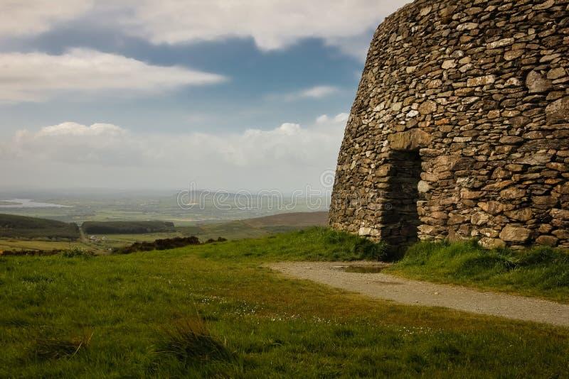 Grianan de fort d'Aileach ou de Greenan Inishowen Comté le Donegal l'irlande photographie stock libre de droits
