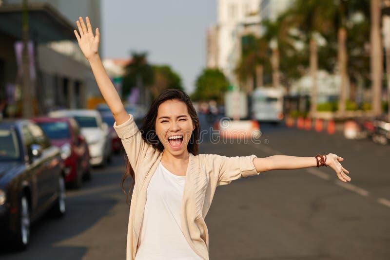 Gridando dalla felicità fotografia stock