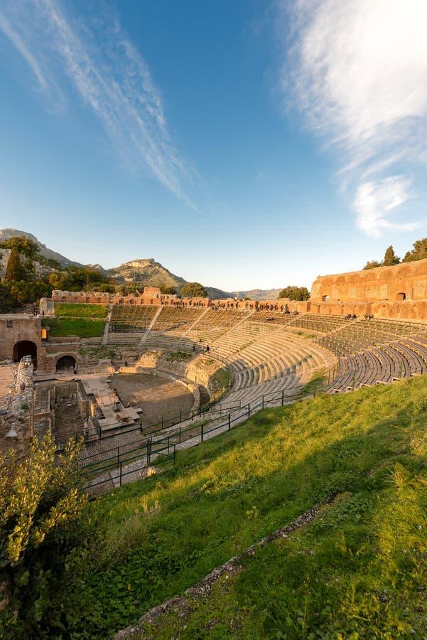 Grieche Roman Theater in Taormina - Sizilien Italien lizenzfreie stockfotografie