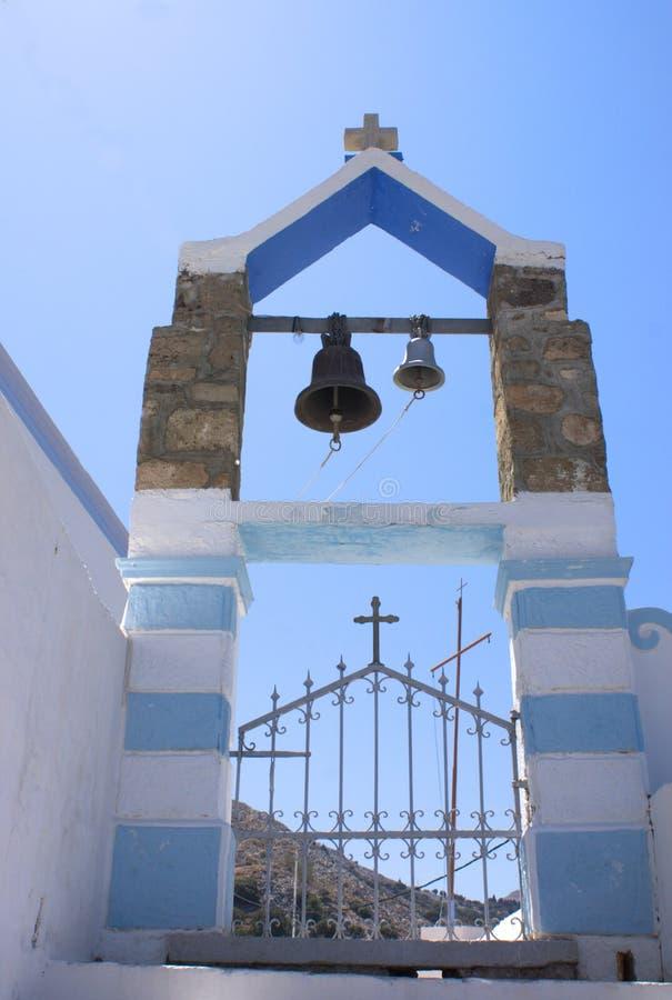 Griechenland die Insel von Symi Der Eingang zu einer Kirche, stockbilder