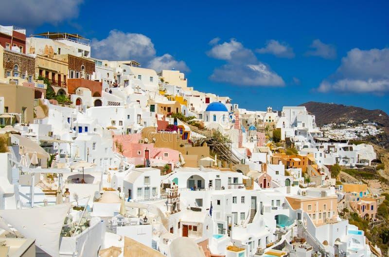 GRIECHENLAND, SANTORINI, OIA-STADT lizenzfreie stockfotos