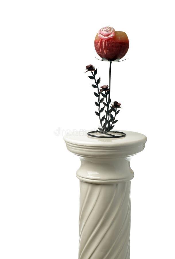 Griechische Spalte und Kerzenhalter lizenzfreie stockbilder
